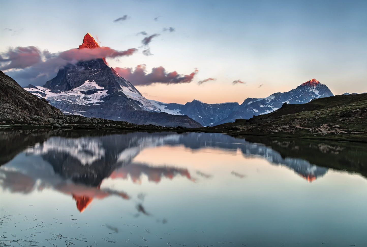 Matterhorn_and_the_Riffelsee_original